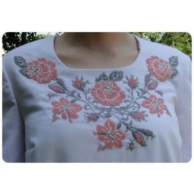 """Заготовка жіночої блузки під вишивку """"Троянди з маминого саду"""""""