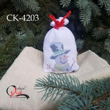 """Подарункова торбинка під вишивку """"Сніговик у капелюсі"""""""